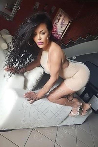 Lorella  VARCATURO 339 8357597