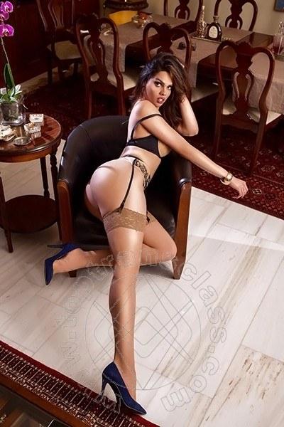 Camila Muniz  ROMA 349 6529201
