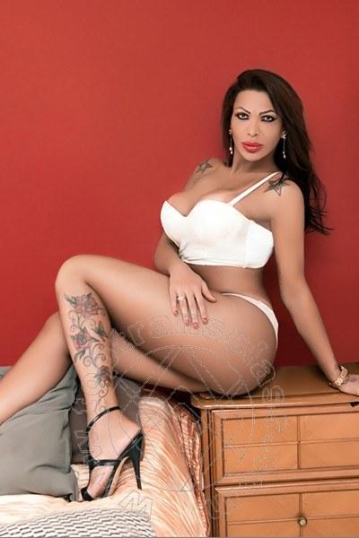 Bruna Canavashi  LICOLA 389 4947922